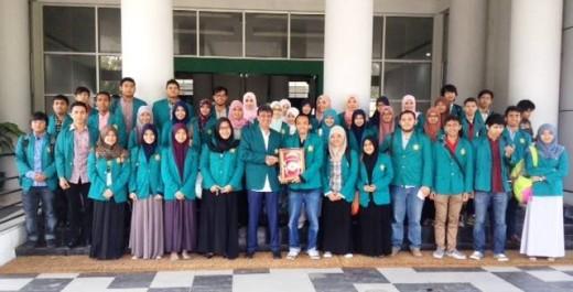 IAP Students Visit Rector Syamsul Rizal