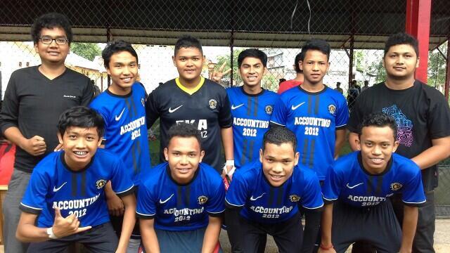 Tim EKA 12 B Sabet Juara I di Turnamen Himaka Futsal Cup 2014