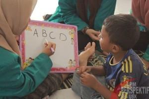 Mengajar Membaca Anak-anak