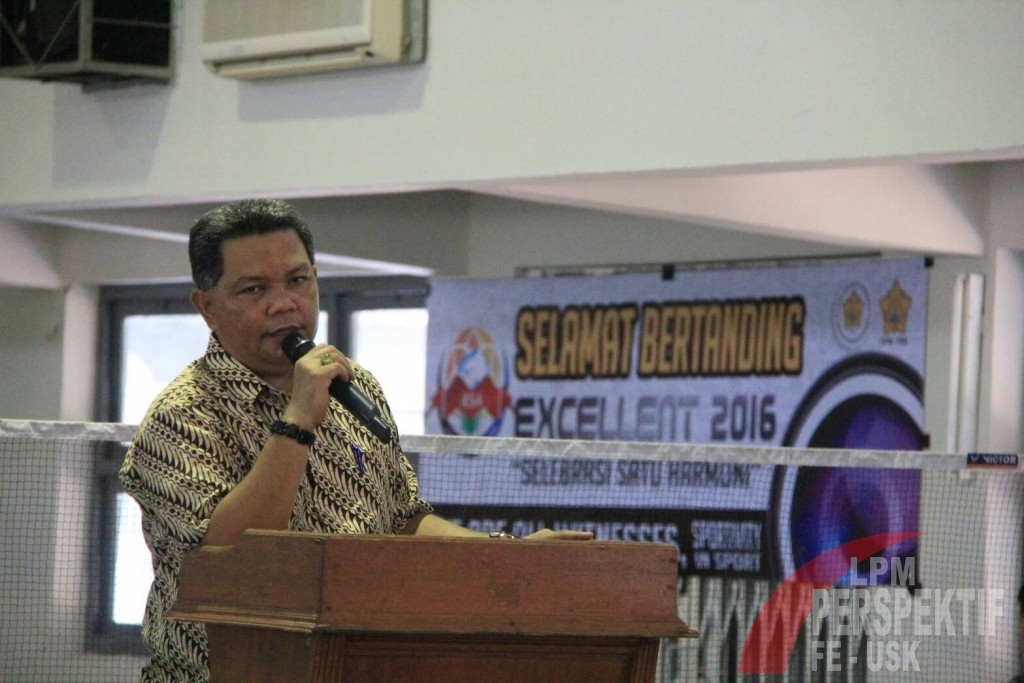 Nashrillah Anis,S.E.,M.M. Buka Kegiatan Excellent (Jauhar/Perspektif)