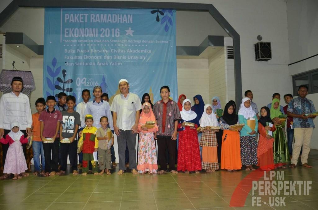 LDF Al Mizan Adakan Acara Buka Puasa Bersama Anak Yatim (Lilis/Perspektif)