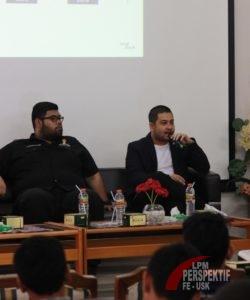 Muhammad Sadad yang merupakan CEO Erigo Store sedang memberikan materi (Toso/Perspektif)