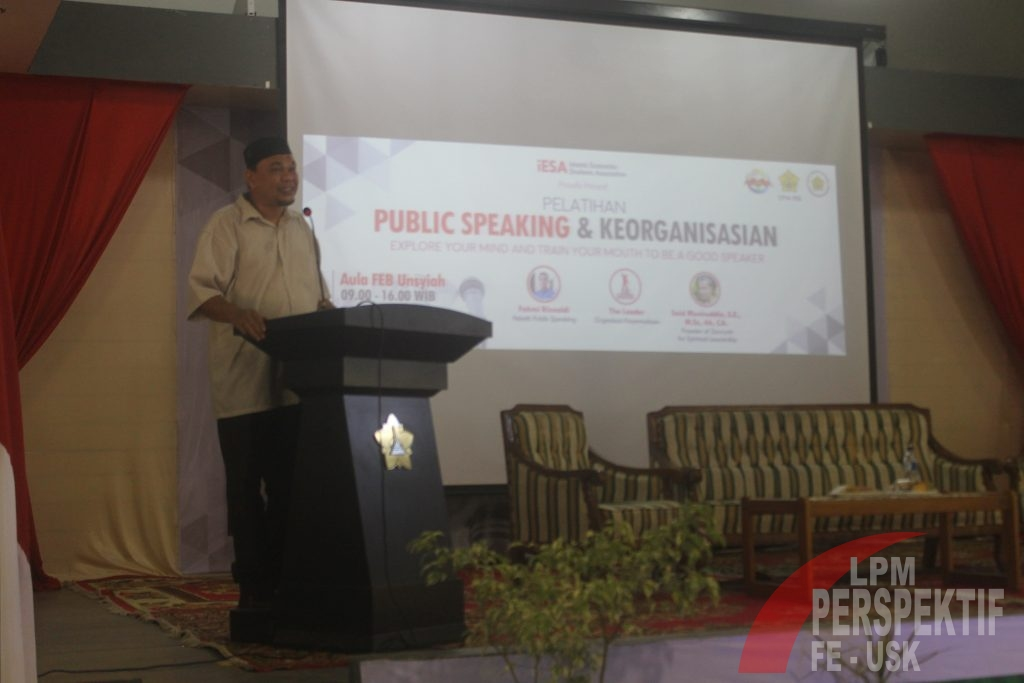 iESA Gelar Pelatihan Public Speaking Dan Keorganisasian