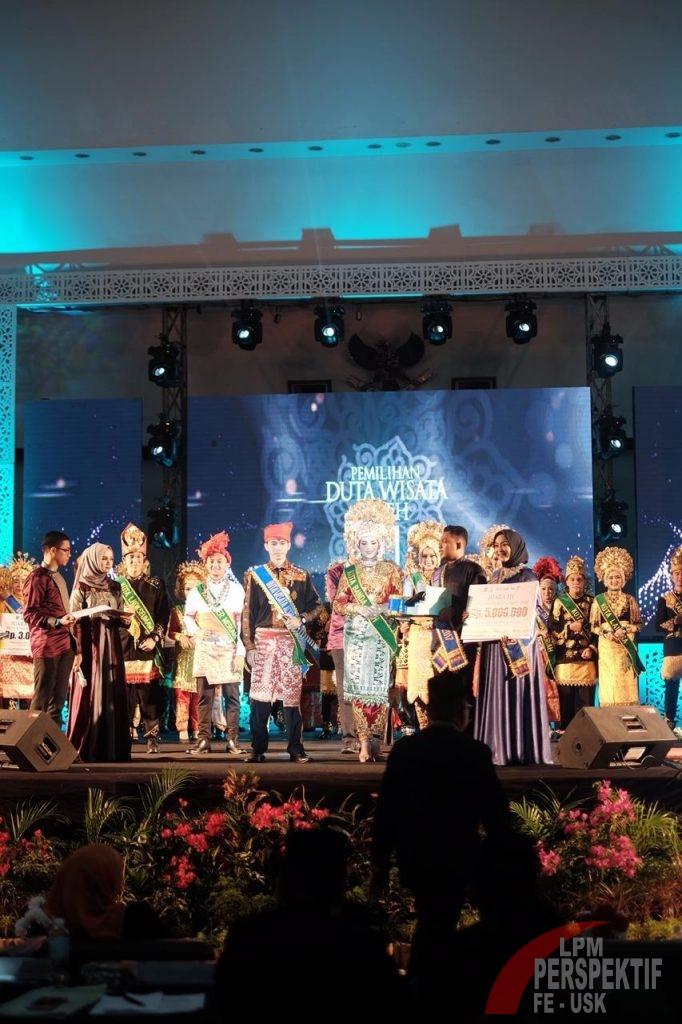 Mahasiswi FEB Raih Juara 3 Duta Wisata Aceh